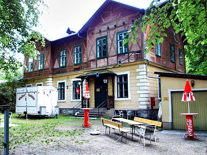 Konrad Uferhaus